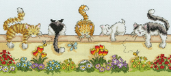 Cross stitch kit Animals - Lazy Cats - Bothy Threads