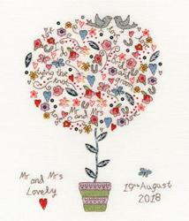 Cross stitch kit Love - Love Vows - Bothy Threads