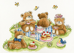 Borduurpakket Margaret Sherry - Teddy Bears' Picnic - Bothy Threads