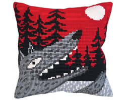 Cushion cross stitch kit Singing at the Moon  - Collection d'Art