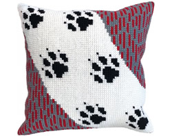 Cushion cross stitch kit Wolf Traces - Collection d'Art
