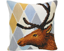 Cushion cross stitch kit Deer - Collection d'Art