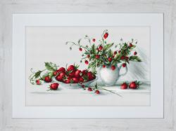 Cross Stitch Kit Strawberries - Luca-S