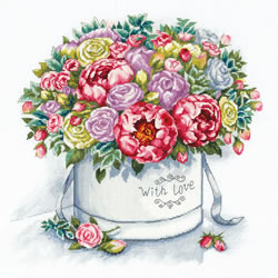 Borduurpakket Peonies in a Hat Box - PANNA