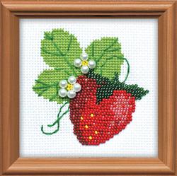 Cross Stitch Kit Garden Strawberry - RIOLIS