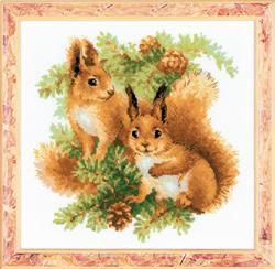 Cross Stitch Kit Squirrels - RIOLIS
