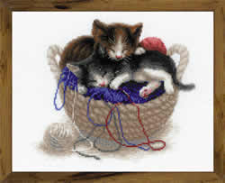 Borduurpakket Kittens in a Basket - RIOLIS