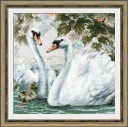 Cross stitch kit White Swans - Borduurpakket
