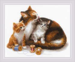 Borduurpakket Cat with Kittens - RIOLIS