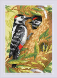 Cross stitch kit Woodpecker - RIOLIS