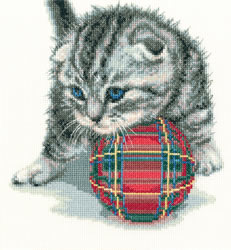 Cross stitch kit Playful kitten - RTO