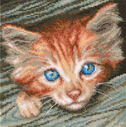 Cross stitch kit Fluffy observer - RTO
